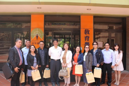 On 11 April 2019, the President, Deans and professors of Southern Luzon State University of the Philippines visited CCU to sign a MOU contract. Our Dean gave a brief introduction about the college and also guided them to visit the Education Center for Pre